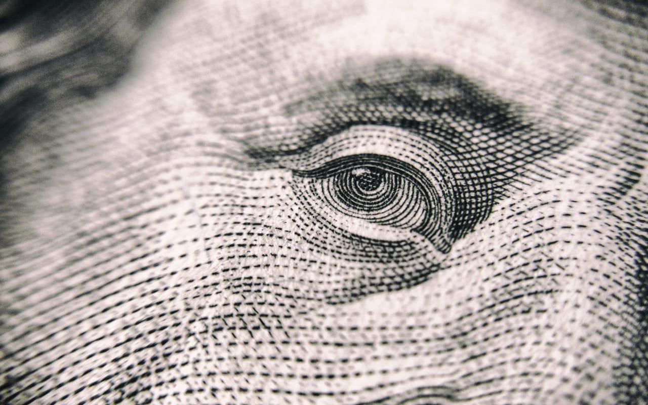 Niepewność po korekcie w USA - 5 inwestycji na dłuższy kryzys finansowy 1